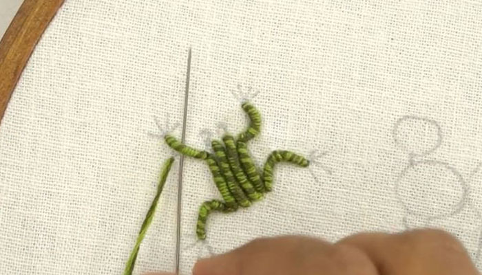 Вышивка лягушонок-9