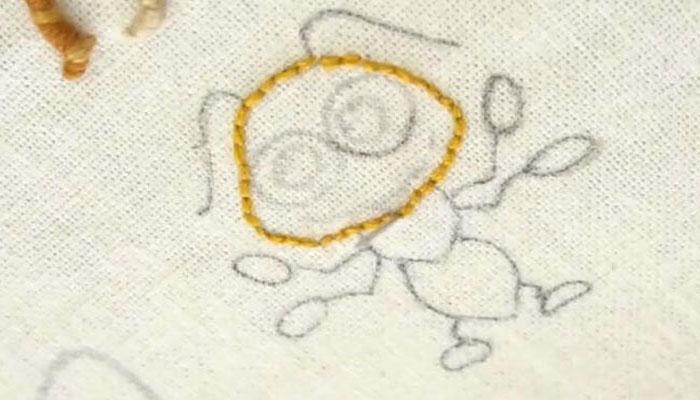 вышивка муравей 2