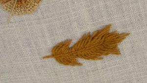гладь пошагово вышивка лист коричневый9