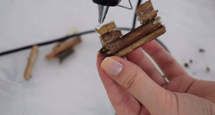 домик из палочек
