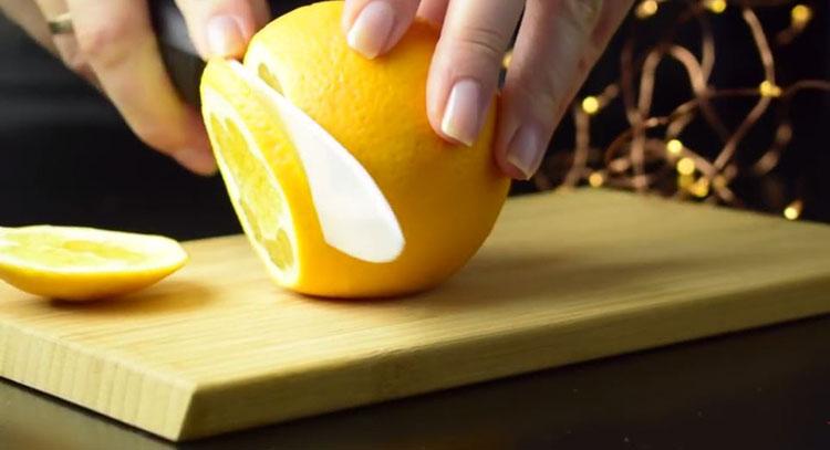 елочные украшения из апельсина
